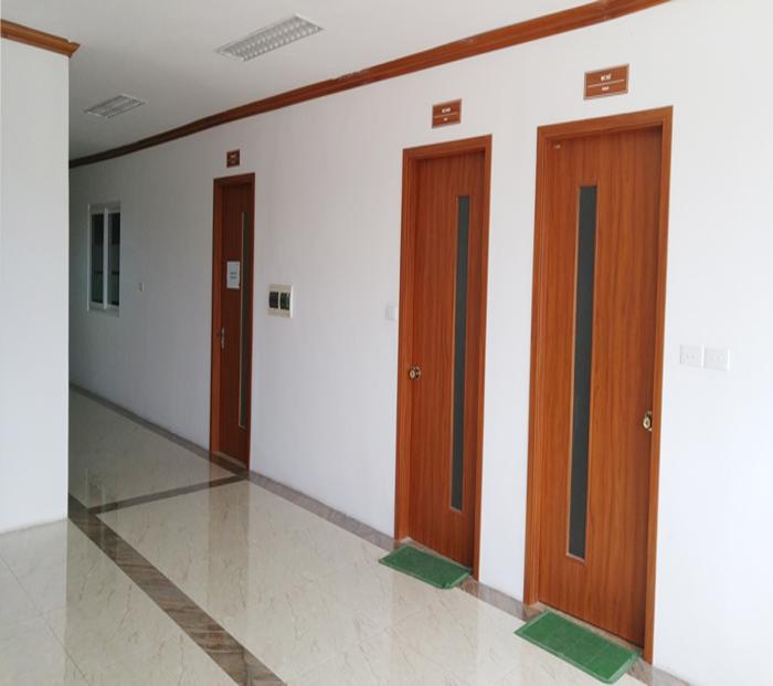 Cửa gỗ công nghiệp phù hợp lắp cho nhà chung cư