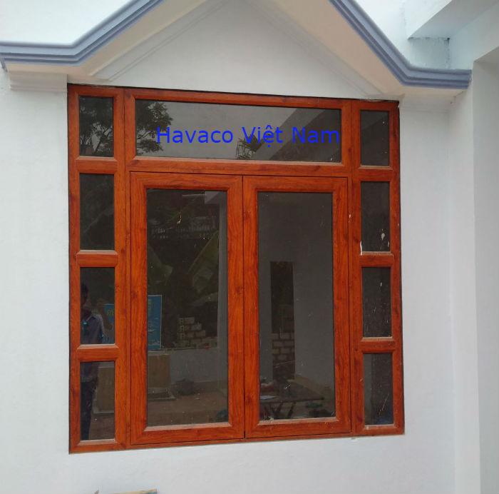 Cửa sổ nhôm kính Xingfa màu vân gỗ