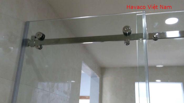 Cửa kính lùa với bánh xe 10x30