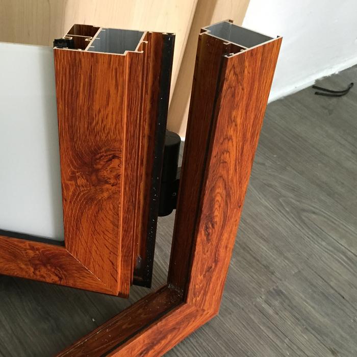 Thanh nhôm Vân gỗ khi ghép góc