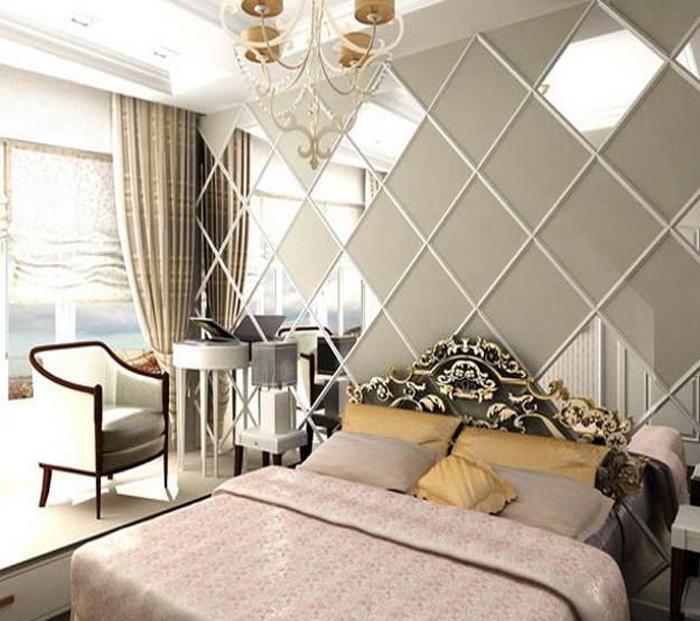Gương ốp tường trang trí phòng ngủ