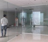 Thi công vách kính cường lực văn phòng ở Trần Phú, Hà Đông, Hà Nội